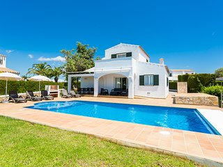 3 bedroom Villa with Pool, Air Con and WiFi - 5579826