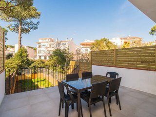 2 bedroom Villa in Calella de Palafrugell, Catalonia, Spain : ref 5576982