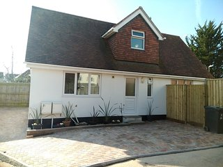HIGH SEASON REDUCTIONS - Detached Holiday Home Exmouth, Devon