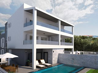 NEW!VILLA FILIP private heated pool & sauna, 5 bedrooms + en-suite, 50m from sea