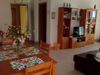 Spacious 2 Bedroom