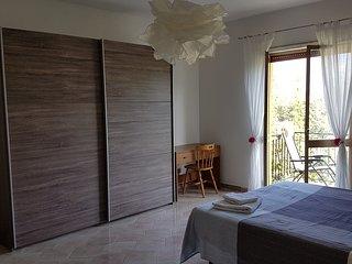 appartement , piscine spacieux et refait a neuf, vue sur les montagnes