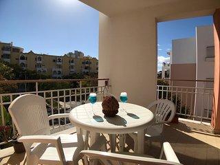 Apartment in Praia da Rocha with pool