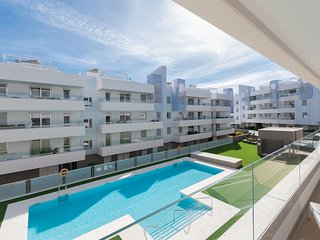 Urb. Acqua - Modern south facing rental, beachside in San Pedro Alcantara