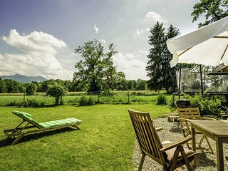 Beautiful, high quality 5 star holiday home with garden near lake of Chiemsee
