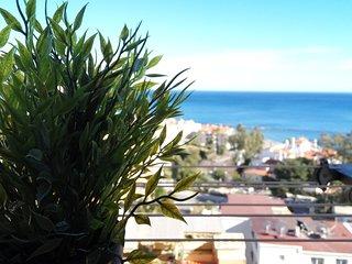 Naciones BenAlma: MIRADOR AL MEDITERRÁNEO. Luminoso, playa a 200m.3piscinas.WiFi