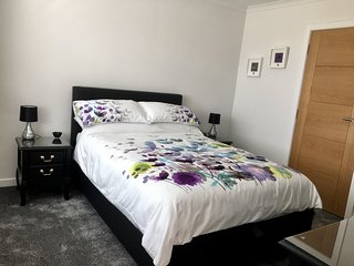 Sealladh Mara B&B. Comfortable, modern with en-suite.