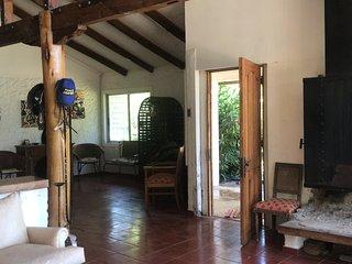 Casa Viña La Quirigua. Casa patronal  inmersa en un campo de 70 hectáreas