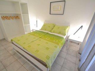 One bedroom apartment Novigrad (A-3361-b)