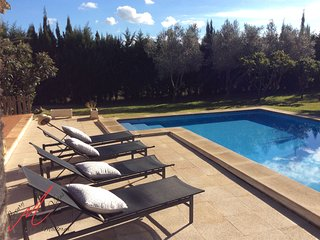 VILLA NEVADA luxury villa in Pollenca secluded location, wifi,satellite TV,pool