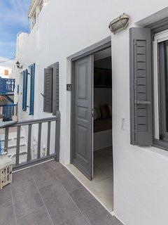 Entrance of SeaBlue Venice House 2
