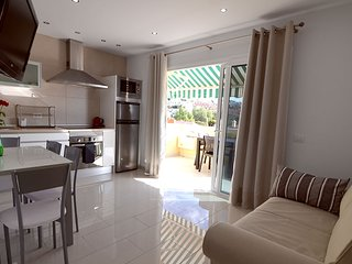 Newly renovated one bedroom ap. in Costa Adeje, free WIFI