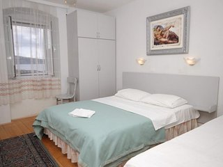 Studio flat Komiza, Vis (AS-2431-f)