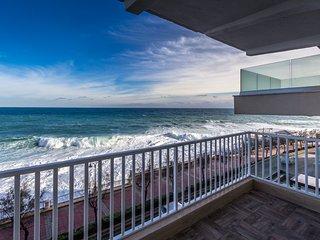 Luxury Sliema Seafront Apartment