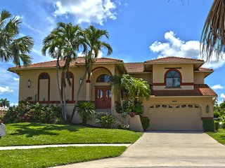 Marco Island, Florida Large Waterfront Home, 4 Bedrooms, 3 Bathrooms