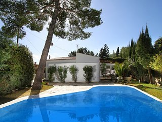 Beautiful comfortable house 200m from the beach