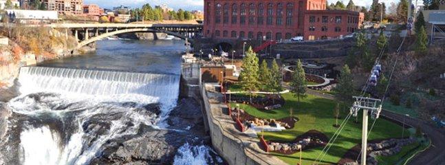 Spokane Falls - Downtown area - 4 miles away
