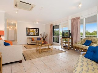 Palm Cove Penthouse - Ideal Family Accommodation