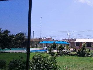 Habitaciones en centro campestre,ambiente familiar, con piscina, gran jardin
