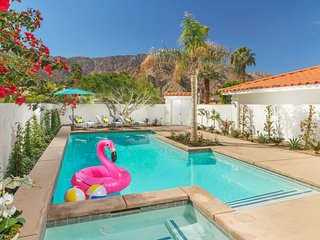 CASA RAMIREZ | LUXURY 3BD/2BA, SLEEPS 8, POOL, SPA, MOUNTAIN VIEW, IN COVE