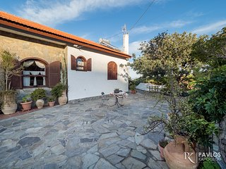 Villa Sopasina-Traditional House in Agia Pelagia