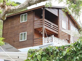 THE WOODEN HOMESTAY: Room 4