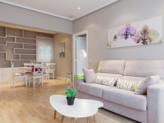 Offer Luxury Apartment Madrid (AVA24)