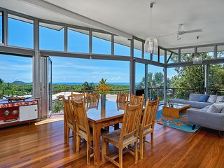 Dining area, looking to living and out to the magnificent view