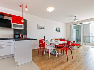 Absolutely new luxury apartment with a sea view - Minka