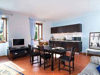 Blue Apartment - Beautiful apartment in dreamy and relaxing property