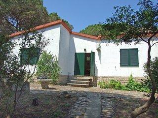 3 bedroom Villa in Casa Garibaldi, Sardinia, Italy : ref 5580751