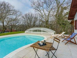 7 bedroom Villa in Ascain, Nouvelle-Aquitaine, France : ref 5581083