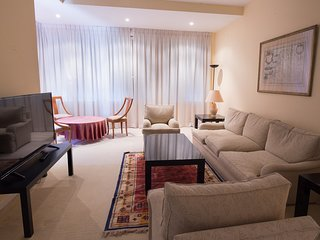 APARTMENT IN R.MADRID C.F. STADIUM (JRJ623)