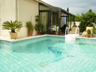 LS1-69 GREULA : Ideal for vacation without a car in Saint Rémy de Provence