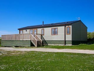 Fairways Accommodation - 8 berth Luxury Lodge