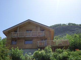 chalet avec sauna pied de piste&télésiège,calme vue panoramique