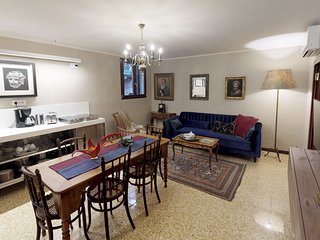 Ca' Moro - MURANO - One bedroom apartment in antique palace, completely restored
