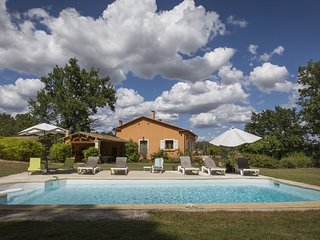 5 bedroom Villa in Roussillon, Provence-Alpes-Cote d'Azur, France : ref 5581199