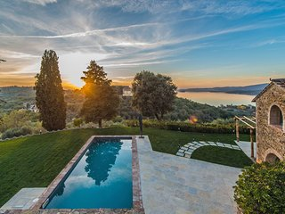 5 bedroom Villa in Montecolognola, Umbria, Italy : ref 5580775