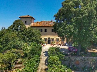 5 bedroom Apartment in Morrocco, Tuscany, Italy : ref 5581037