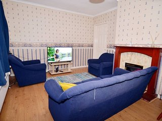 Beautiful and Spacious 5 bedroom house, close to Heathrow