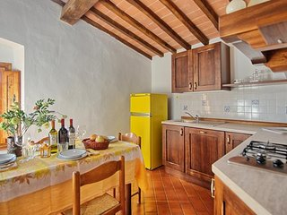 Farm Holidays I Ceppi with pool in the Chianti - Apartment sleeps 4