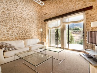 ELEGANT VILLA IN MAGIC CALA ESTELLENCS  - PURE MEDITERRANEAN