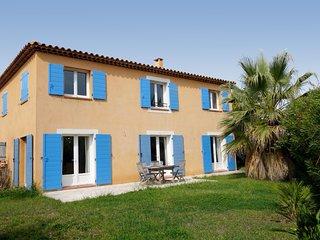 3 bedroom Villa in Les Lecques, Provence-Alpes-Côte d'Azur, France : ref 5580957