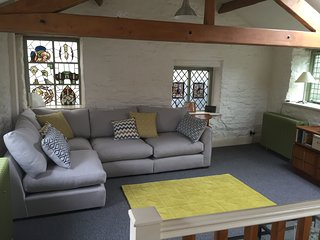 The Glass House - Luxury Holiday Cottage for up to four. Near to Peak District