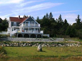 Beechmont House near Lockeport, Nova Scotia - a short walk to Crescent Beach