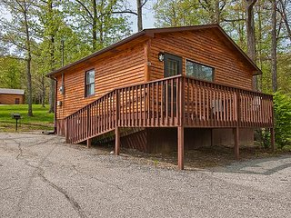 Cabin Twenty-Three One Bedroom Cozy