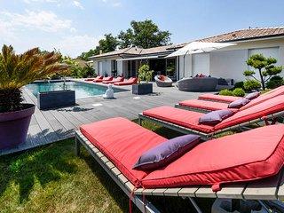 Villa 300 m2 à 20 mn de Bordeaux et 40 mn d'Arcachon