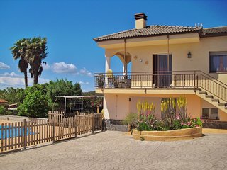 CD374 - Catalan contryside, vineyards and nice beaches