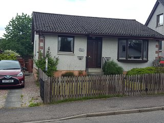 2 bedroom detached bungalow, Kingussie, 15 minute drive from Aviemore